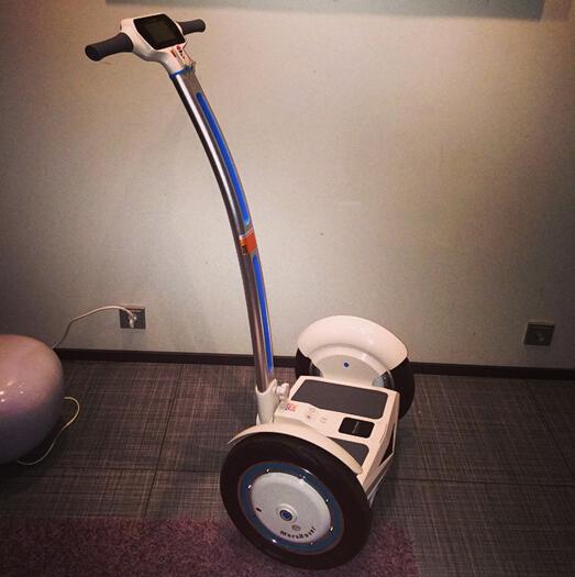 电动平衡车,自平衡车,爱尔威S3
