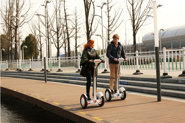 Airwheel two wheeled balancing scooter: born for environment friendly
