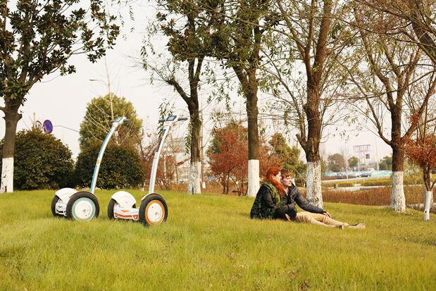 平衡车,自平衡车,电动平衡车,独轮车