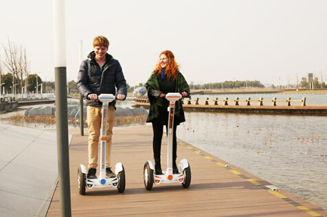The 2-wheeled scooter Airwheel S3 is gaining popularity worldwide among people from all walks of life. It changes the outdated concept of transporters as well as people's lifestyles.